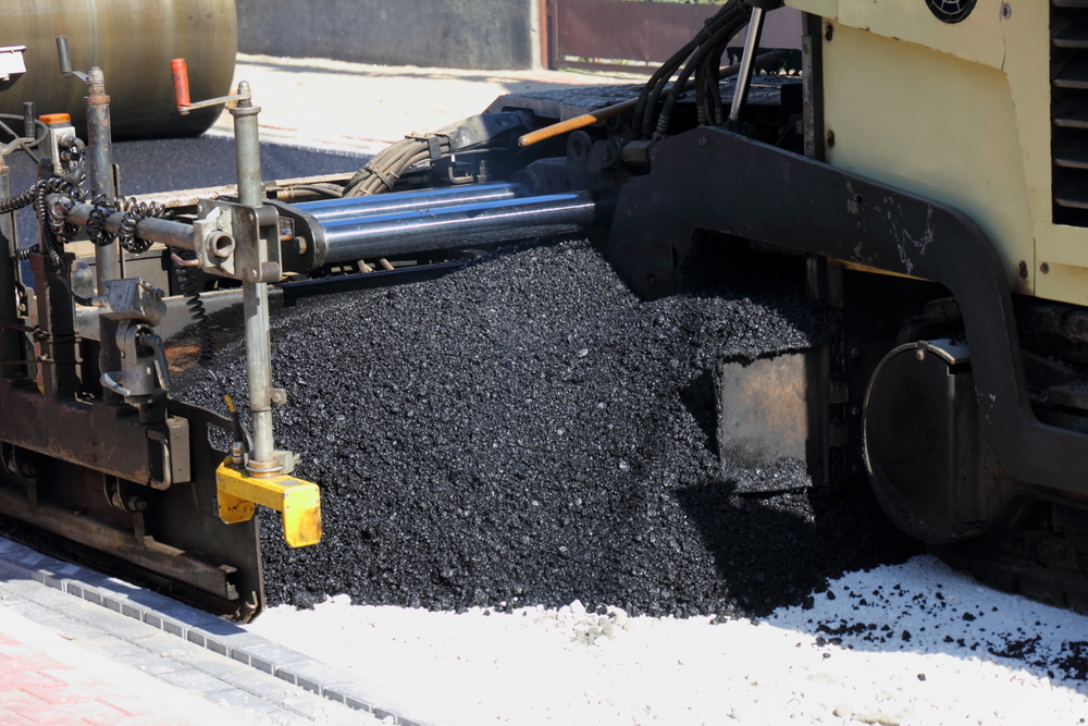Innovations in Road Construction – What's the Benefit of Using Bitumen Emulsion?
